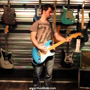 Fender Custom Shop - 1956 Relic Stratocaster (Limited Edition) Test-Müziktrek