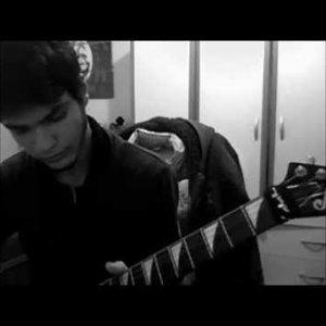 model - pembe mezarlık (solo cover)