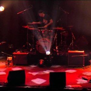 """MÖRGLBL: """"Le Surfeur d'Argentine"""" Live"""