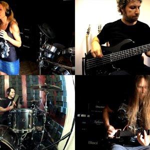 Whitesnake - Still Of The Night (Izgi Gültekin, Manny Pedregon, Alberto Rigoni, Deniz Sayman) - YouTube