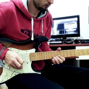 Pink Floyd - Comfortably Numb Solo Cover (1+2) Şükrü Ersal ÖZTÜRK - YouTube