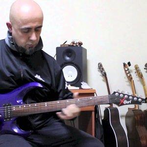 Pink Floyd - Comfortably Numb (fretless guitar) - Murat ibze - YouTube
