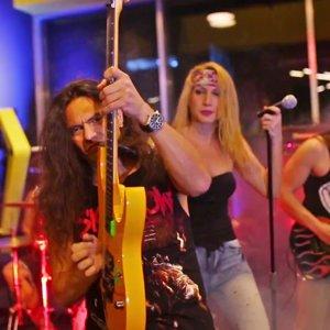 Bob Gym Rock N' Roll Ateşi Reklam Filmi ( Rock N' Roll Revolution ) - YouTube