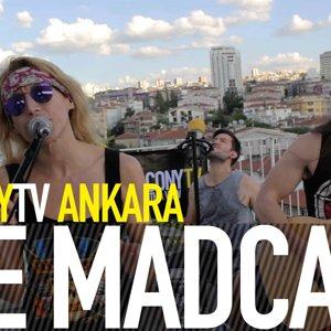 THE MADCAP - ROCK N' ROLL REVOLUTION (BalconyTV) - YouTube
