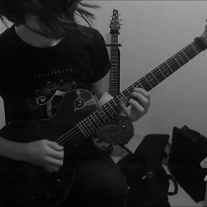TRIVIUM - Shattering The Skies Above (Second Solo) - YouTube