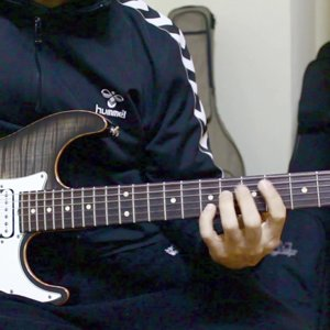 Isn't she lovely - Stevie Wonder (Martin Miller fingerstyle version) - YouTube