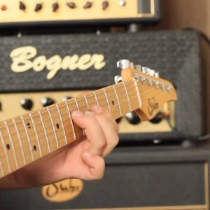 """Guthrie Govan """"The Best Of Times"""" Backing Track from Jamtrackcentral.com - YouTube"""