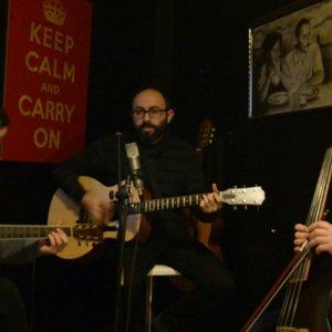 Grado - Sen De Beni Özledin Mi (akustik) - YouTube