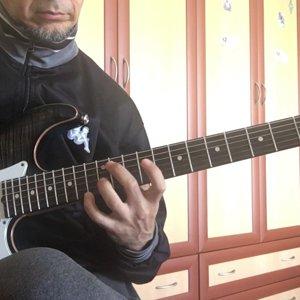 Murat ibze - Allan Holdsworth / Looking glass chords - YouTube