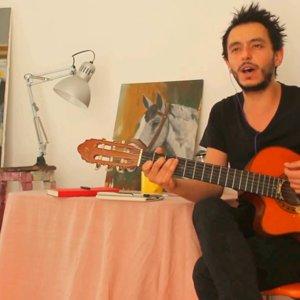 BİR DÜŞMAN (BESTE) - ÖZGÜR ŞEKER - YouTube