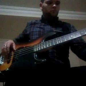 Bass guitar wah distortion solo