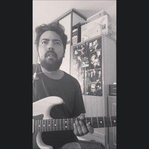"""Yılmaz Yıldırım on Instagram: """"#sunnyimprovisation#sunnyguitarmods#fusionguitarsolo#sunnyguitarcover#fender#guitarmods…"""""""