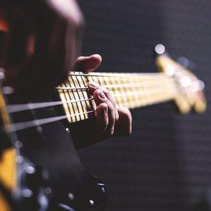 En Kolay 12 Bas Gitar Riff'i (TAB'lı)