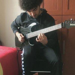 "Asrın Aydoğdu on Instagram: ""Circus - Keyboard Solo Transripction @dirtyloopsofficial"""