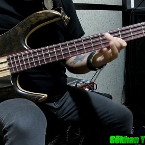 Slow Funk Bass improvisation - Slap Bass - Double Thump - Finger Bass Techniques