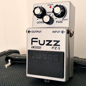 Boss FZ-5 Fuzz - Quick Demo