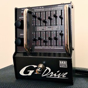 Akai Professional G-Drive D2G Equalized Distortion - Made in Japan