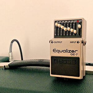 Boss GE-7 Equalizer (Using an EQ Pedal in Different Ways)