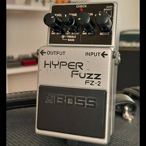 Comparison #11: Boss FZ-2 Hyper Fuzz into Clean and Dirt Amp
